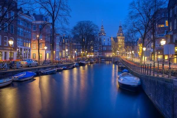 19 جاذبه دیدنی و زیبای آمستردام هلند