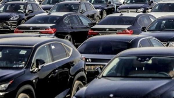 آزادسازی قیمت خودرو صحت ندارد