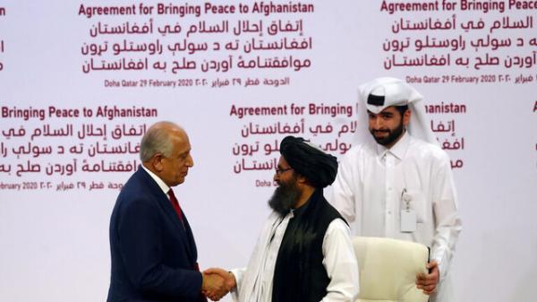 سی ان ان: بایدن خلیلزاد را به عنوان مذاکره کننده صلح با طالبان نگه می دارد