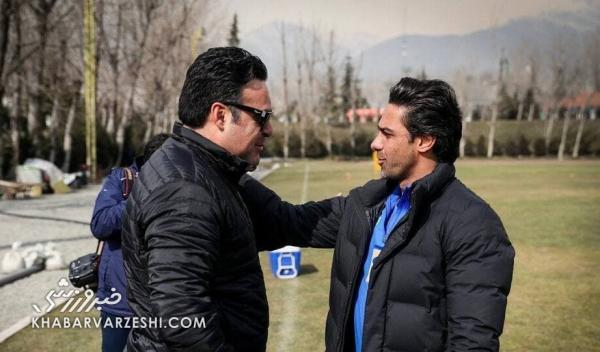 دلداری فرهاد مجیدی به خانواده ناصر حجاری خبرنگاران