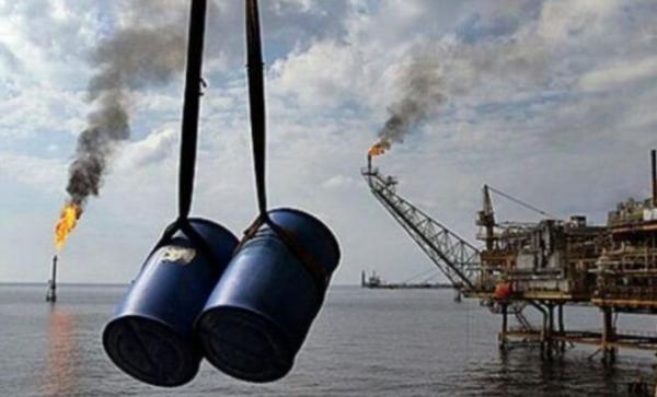 فراوری نفت ایران در اردیبهشت ماه 42 هزار بشکه افزایش یافت